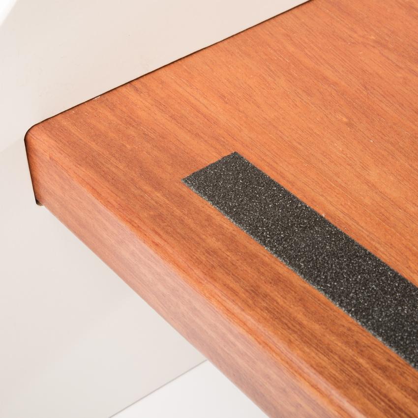 selbstkl anti rutsch streifen schwarz lxb 610x19mm anti rutsch klebeband gummiprofile. Black Bedroom Furniture Sets. Home Design Ideas